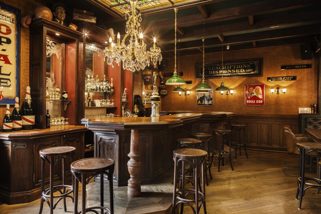 engelse kroeg engelse pub grand caf interieur horeca interieurbouw interieurbouw sijf. Black Bedroom Furniture Sets. Home Design Ideas