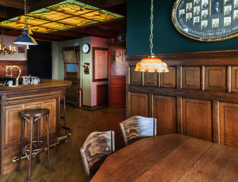 Grand caf interieur caf horeca interieurbouw for De koning interieur