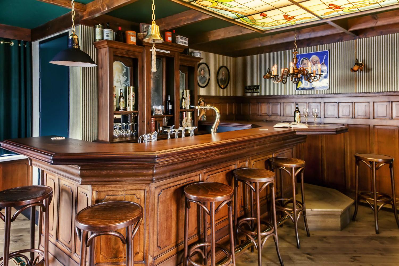 Grand caf interieur caf horeca interieurbouw for Interieur horeca