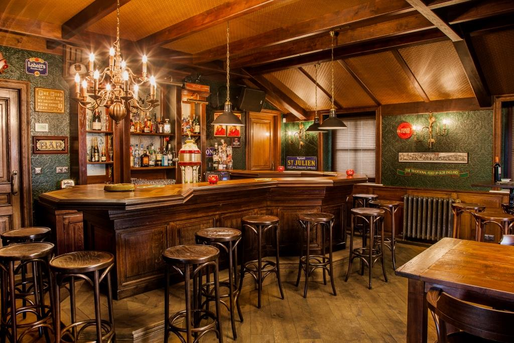 https://www.sijf-dax.nl/galleries/grand-cafe-interieur-engelse-pub-irish-pub-interieur-mancave-horeca-interieurbouw-734753-nl-max.jpg