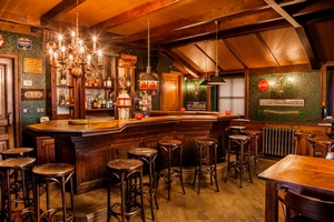 Grand Café Interieur | Engelse pub | Irish Pub Interieur | Mancave | Horeca Interieurbouw