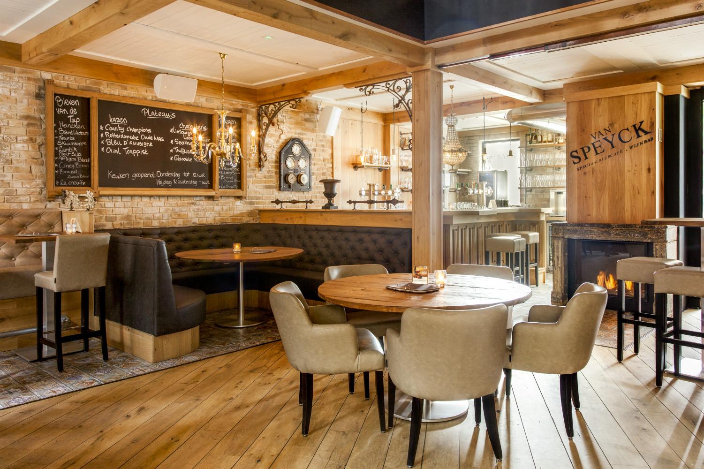 Wijnbar grand caf interieur van specyk industrieel for Interieur utrecht